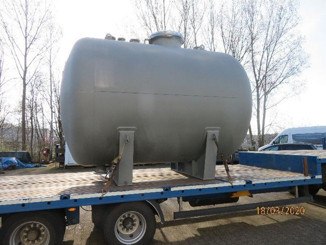 Fig. 1: Transportation of the finished waste-water tank