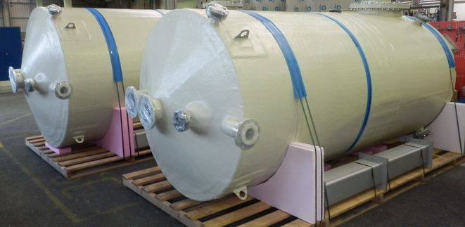 ECTFE Dual Laminate Mixing Tanks