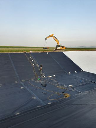 geomembranes are correctly positioned