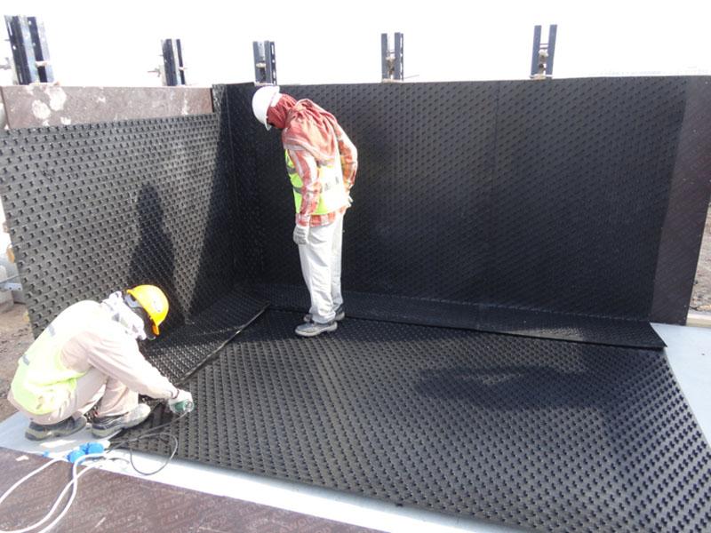 AGRU plastic sealing for potable water storage tank - AGRU