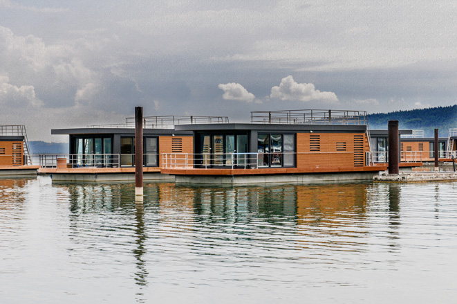 """Floating Houses"" am Brombachsee"