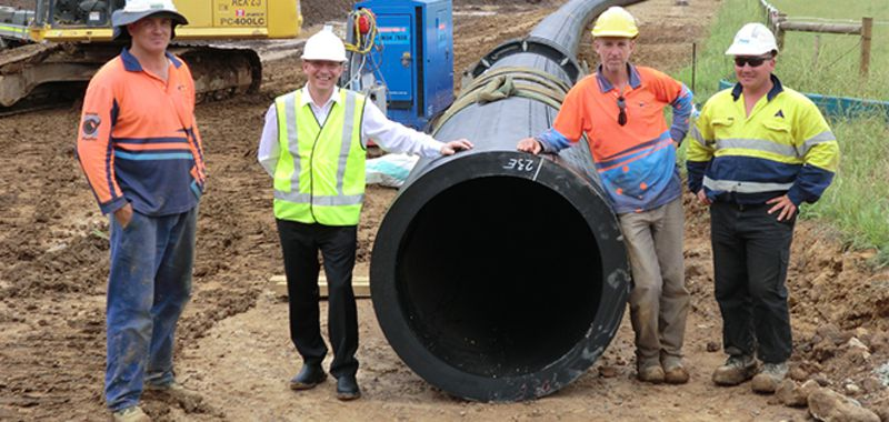 Large diameter heavy wall pe pipe installed by hdd agru